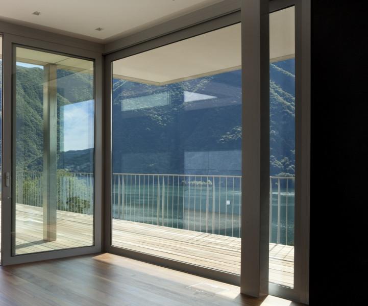 Sonnenschutzfolie Fenster innen auf Maß online kaufen